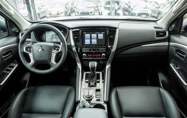 Hỗ trợ mua xe giá thấp chiếc Mitsubishi Pajero Sport D4x4 AT Pre đời 2020, giao nhanh17