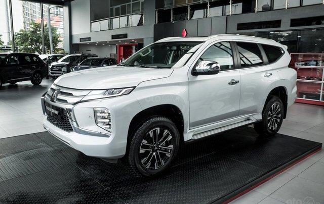 Hỗ trợ mua xe giá thấp chiếc Mitsubishi Pajero Sport D4x4 AT Pre đời 2020, giao nhanh6