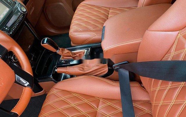 Bán xe Toyota Land Cruiser Prado chính chủ sản xuất năm 2014, nhập khẩu5