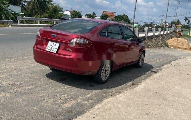 Cần bán gấp Ford Fiesta sản xuất năm 2011, xe nhập số tự động3