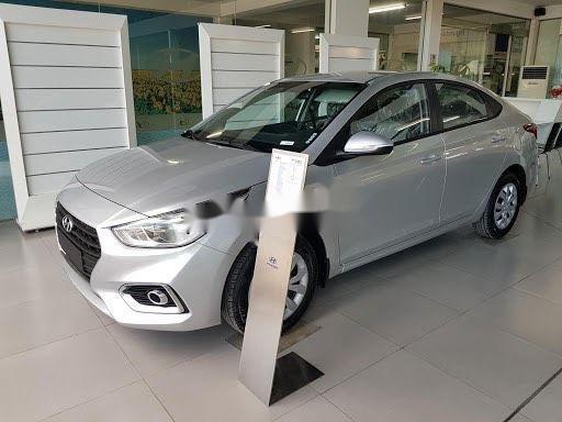 Cần bán xe Hyundai Accent MT Base năm sản xuất 2020, giá chính chủ sử dụng2