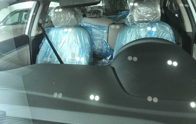 Hyundai Elantra năm 2020 (tại Đắk Lắk), xe màu trắng ngọc giá 647 triệu (còn thương lượng)4