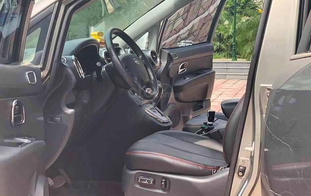 Cần bán lại xe Kia Carens đời 2011, màu xám, giá 325tr1