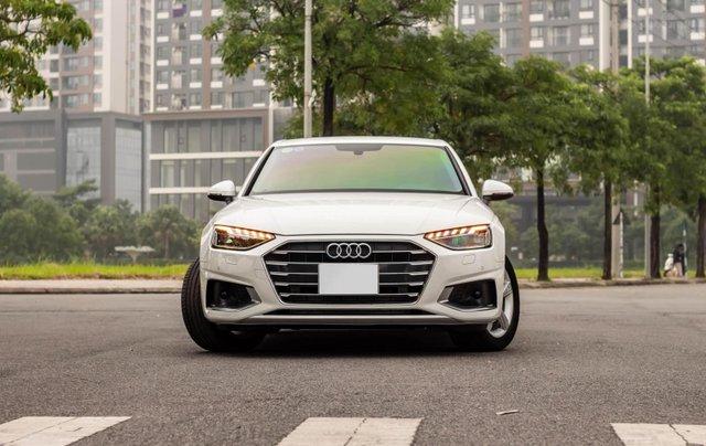 Bán Audi A4 40 TFSI model 2021 máy 2.0L Turbo, siêu lướt, xe màu trắng, nội thất nâu da bò sang trọng và đẳng cấp0