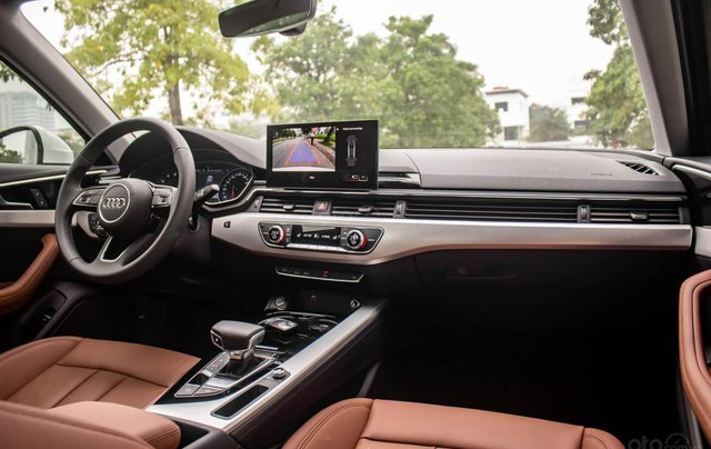 Bán Audi A4 40 TFSI model 2021 máy 2.0L Turbo, siêu lướt, xe màu trắng, nội thất nâu da bò sang trọng và đẳng cấp3