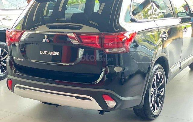 Bán xe Mitsubishi Outlander SX 2020, màu đen, số tự động2