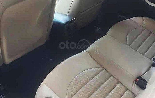 Bán xe Kia Cerato đời 2018, màu trắng số sàn, giá 470tr1