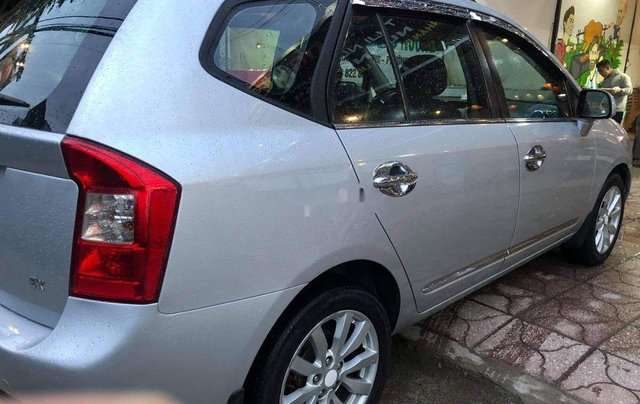 Bán Kia Carens sản xuất năm 2011, màu bạc số sàn 7