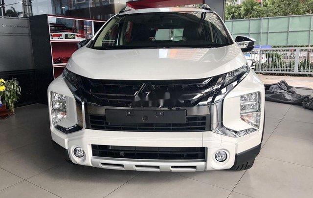 Cần bán Mitsubishi Xpander 2020, màu trắng, nhập khẩu0