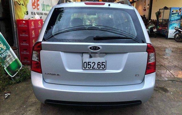 Bán Kia Carens sản xuất năm 2011, màu bạc số sàn 6