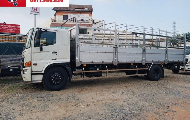 Xe tải Hino FG tải 8 tấn thùng dài 7.4 -8.6M 20204