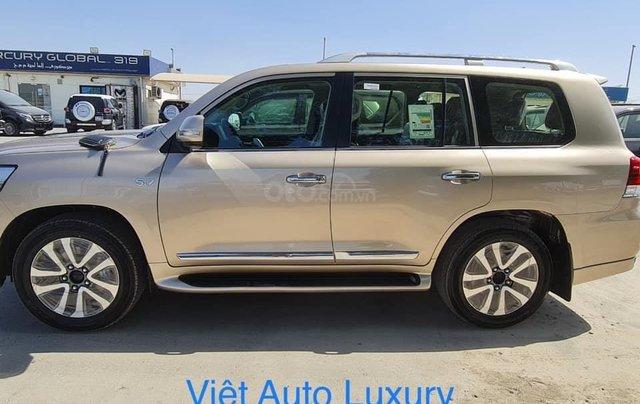 Bán Toyota Landcruiser VX-S 4.6V8 Trung Đông màu vàng cát 2021 LH Đình1
