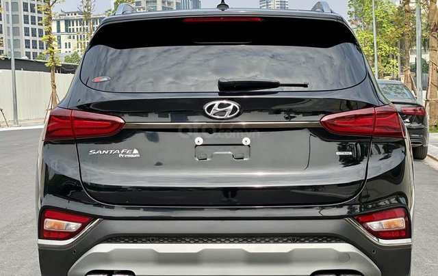 Hyundai Santafe bản xăng cao cấp 20192