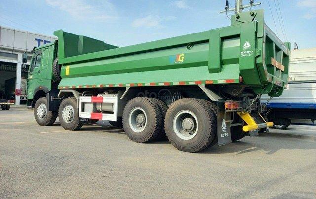 Xe Ben Howo 3 Chân, 4 chân thùng Hyundai tải 12-18 tấn - 10 khối 33