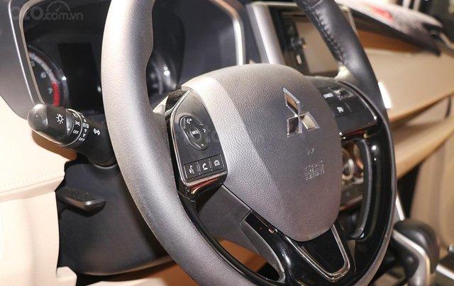 Mitsubishi Xpander 1.5AT 2019, màu đen8