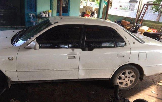 Bán Toyota Camry đời 1995, màu trắng, nhập khẩu nguyên chiếc2