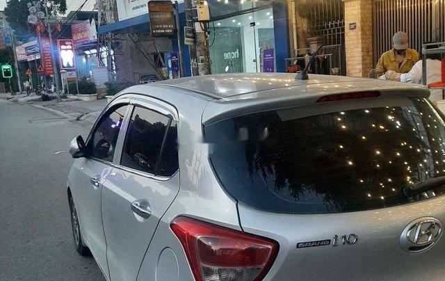 Bán xe Hyundai Grand i10 sản xuất 2014, màu bạc, xe nhập, giá chỉ 242 triệu1