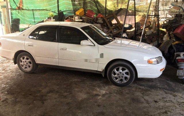 Bán Toyota Camry đời 1995, màu trắng, nhập khẩu nguyên chiếc1