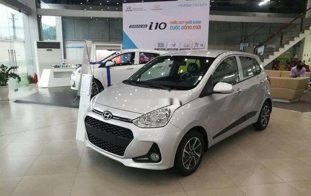 Bán xe Hyundai Grand i10 năm sản xuất 2020, màu trắng2