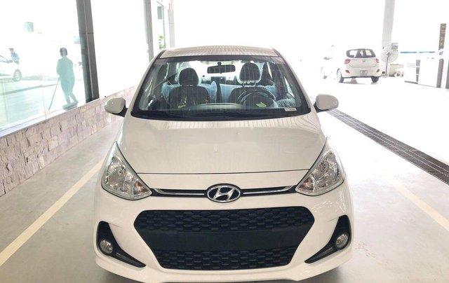 Bán xe Hyundai Grand i10 năm sản xuất 2020, màu trắng0