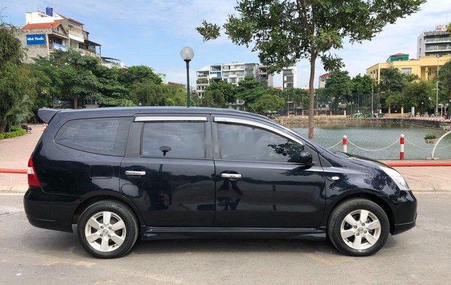 Bán Nissan Grand livina năm 2012, màu đen số tự động4