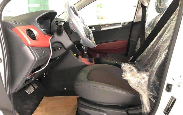 Bán xe Hyundai Grand i10 năm sản xuất 2020, màu trắng1