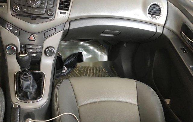 Bán Chevrolet Cruze năm 2011 còn mới, giá tốt4