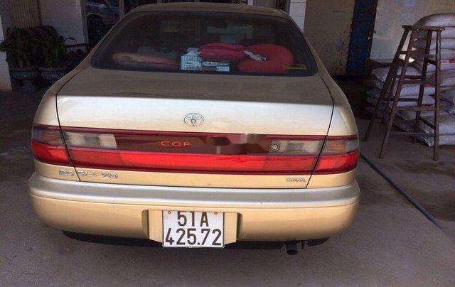 Bán xe Toyota Corona năm sản xuất 1993, màu vàng, xe nhập  0