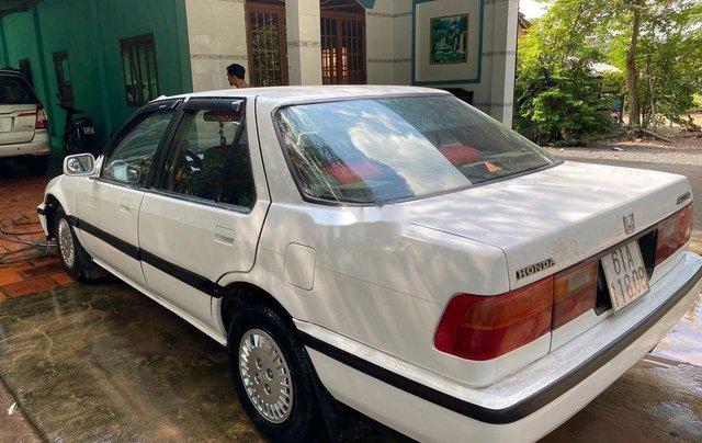 Bán ô tô Honda Accord sản xuất 1994, màu trắng, nhập khẩu0