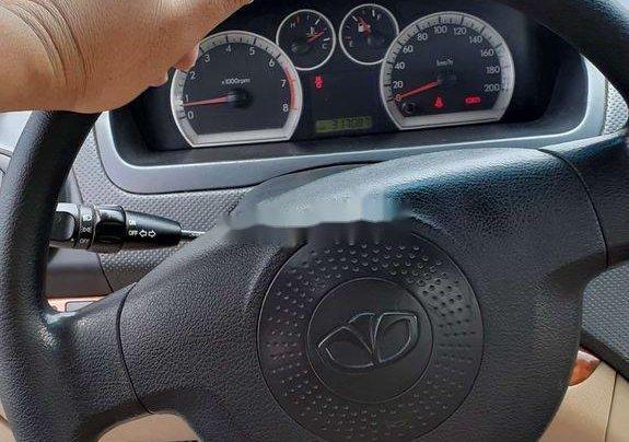 Chính chủ bán lại xe Daewoo Gentra năm 2010, màu bạc8