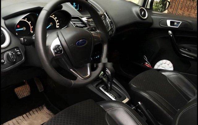 Cần bán xe Ford Fiesta đời 2014, màu trắng, nhập khẩu4