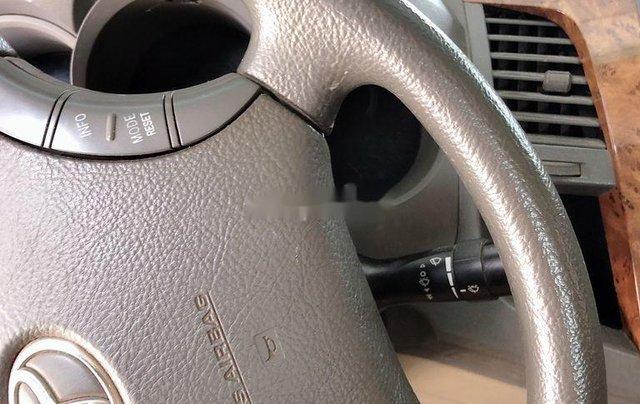 Cần bán lại xe Toyota Hilux năm 2010, nhập khẩu nguyên chiếc còn mới3