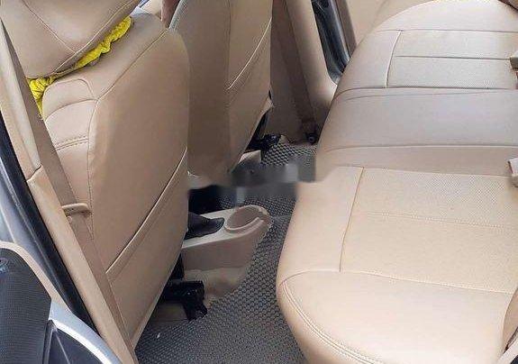 Chính chủ bán lại xe Daewoo Gentra năm 2010, màu bạc10