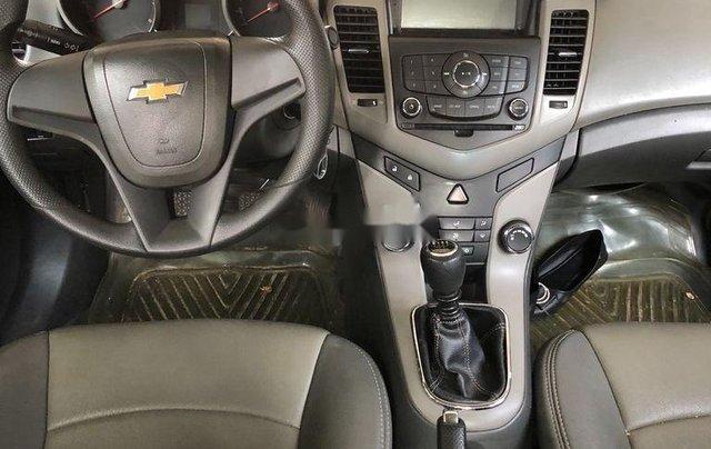 Bán Chevrolet Cruze năm 2011 còn mới, giá tốt5