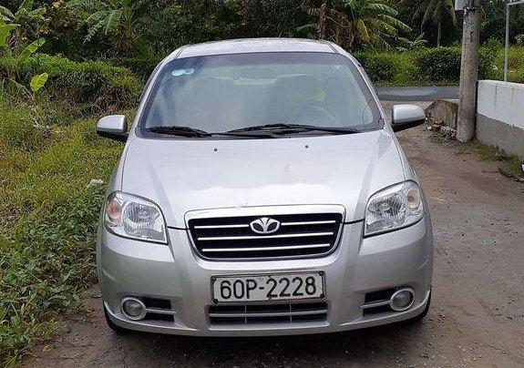 Chính chủ bán lại xe Daewoo Gentra năm 2010, màu bạc0