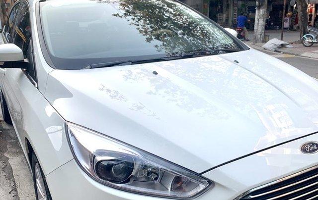 Cần bán lại Ford Focus Titanium 2017, xe gia đình, đi 30000km - 600 triệu0
