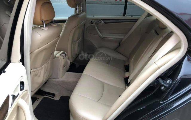 Cần bán gấp Mercedes C180 đời 2005, màu đen2