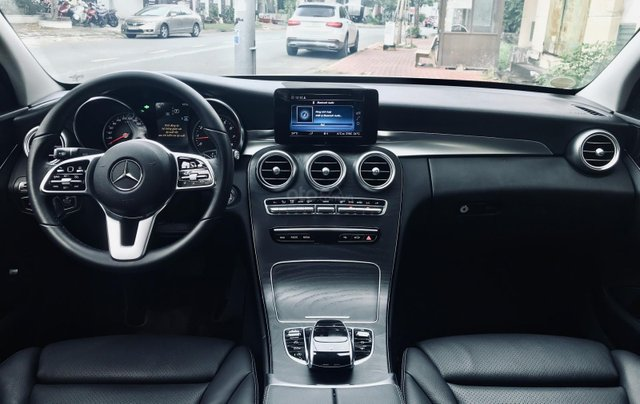 Mercedes-Benz C200 Facelift sản xuất 20196