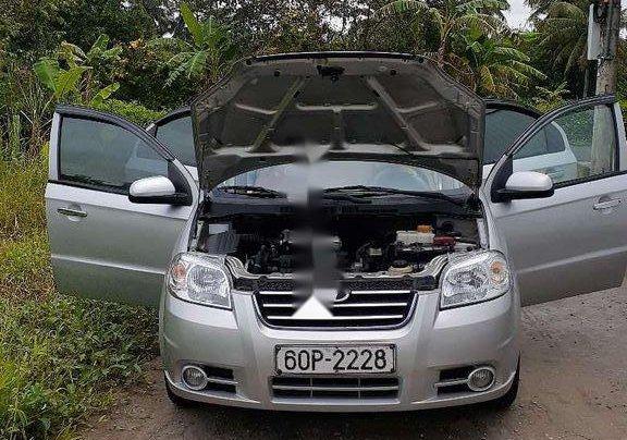 Chính chủ bán lại xe Daewoo Gentra năm 2010, màu bạc5