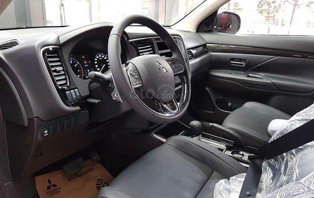Mitsubishi Outlander ưu đãi cực khủng - Giá tốt nhất miền bắc - Giảm 100% thuế 2