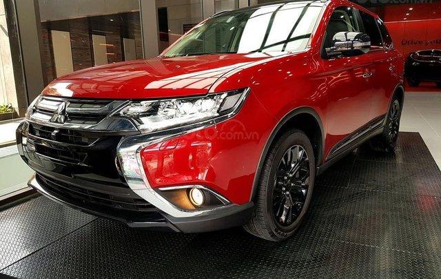Mitsubishi Outlander ưu đãi cực khủng - Giá tốt nhất miền bắc - Giảm 100% thuế 7