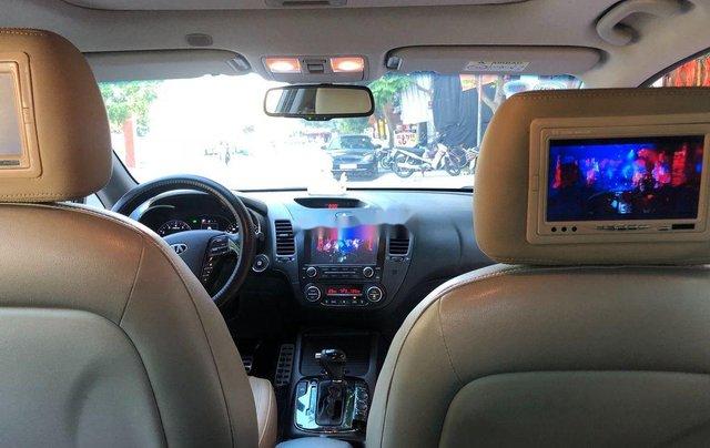 Bán lại xe Kia Cerato sản xuất năm 2017, màu bạc  6