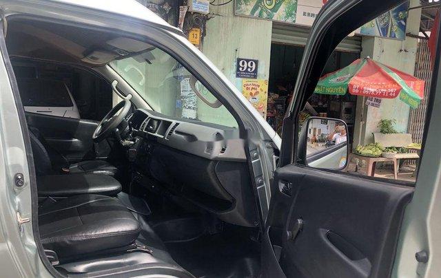 Chính chủ bán xe cứu thương Toyota Hiace 2011, máy dầu 9 chỗ ngồi5