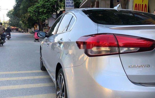 Bán lại xe Kia Cerato sản xuất năm 2017, màu bạc  3