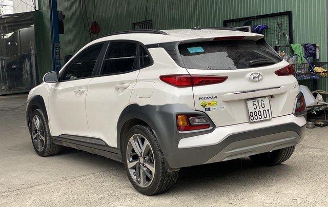 Cần bán xe Hyundai Kona sản xuất 2019 còn mới0