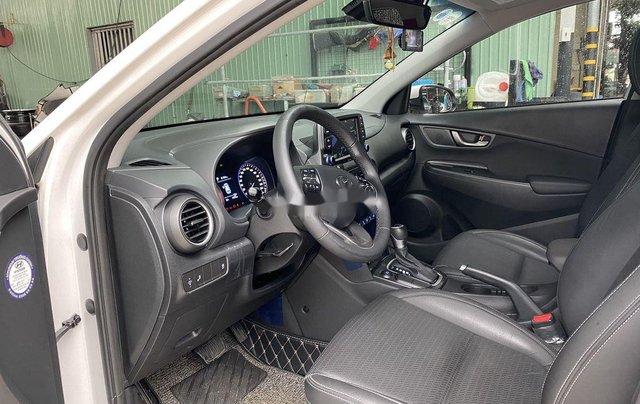 Cần bán xe Hyundai Kona sản xuất 2019 còn mới9