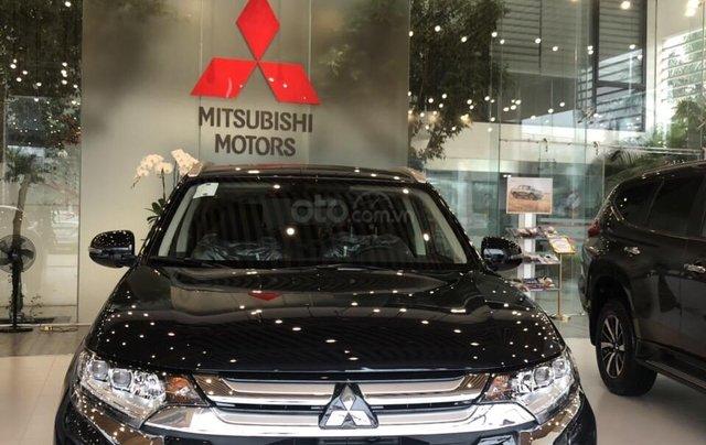 Mitsubishi Outlander giá rẻ nhất miền Bắc - Ưu đãi ngập tràn - Tặng 100% thuế2
