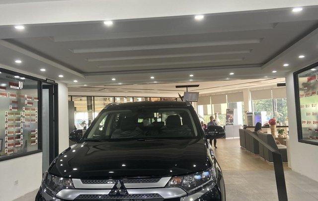 Mitsubishi Outlander giá rẻ nhất miền Bắc - Ưu đãi ngập tràn - Tặng 100% thuế1