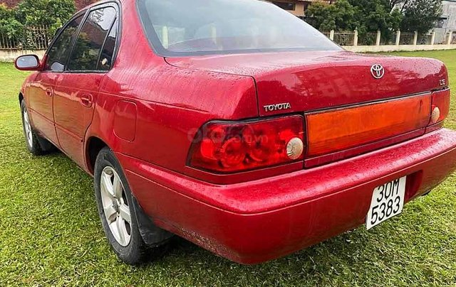 Cần bán Toyota Corolla năm sản xuất 1994, màu đỏ, nhập khẩu nguyên chiếc còn mới, 94tr2