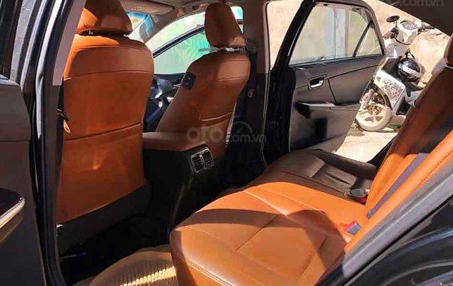 Cần bán lại xe Toyota Camry năm sản xuất 2018, màu đen còn mới1